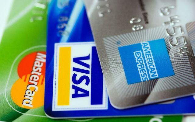 Memilih kartu kredit yang tepat untuk traveler ini tips jitunya 20d6bb